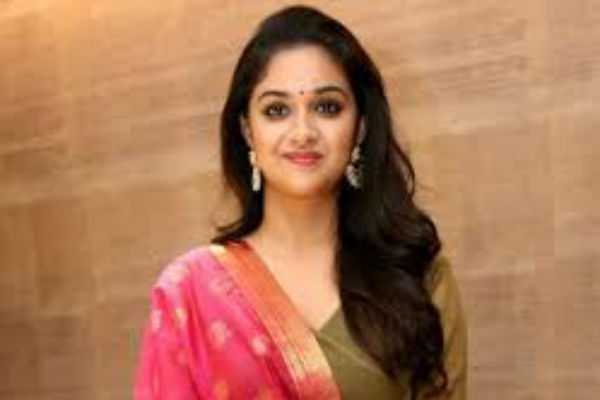 keerthi-suresh-makes-his-debut-in-bollywood-movie