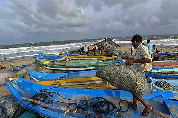pudukkottai-district-fishermen-4-persons-arrested-in-srilanka
