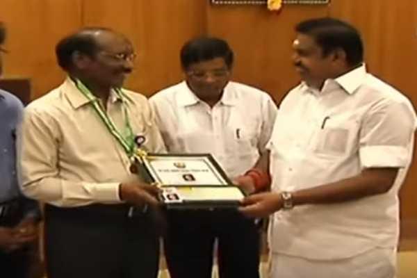 chief-minister-give-awarded-to-isro-shivan