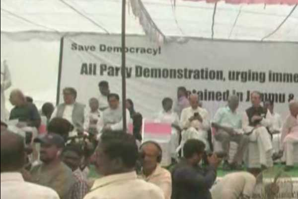 jammu-and-kashmir-issue-dmk-led-13-parties-struggle