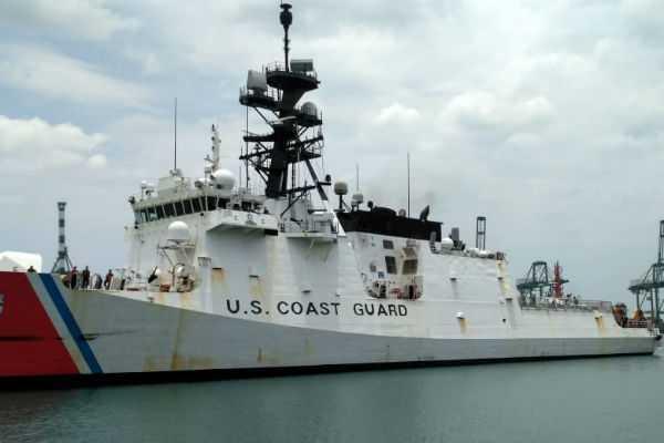 america-coast-guard-ship-arrived-in-chennai-harbor