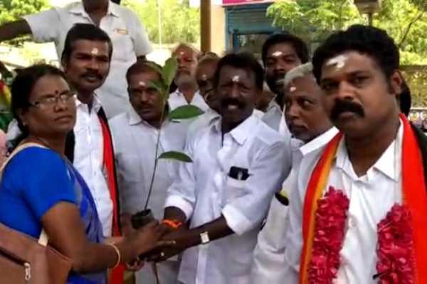 kumbakonam-captain-vijayakanth-s-67th-birthday-celebration