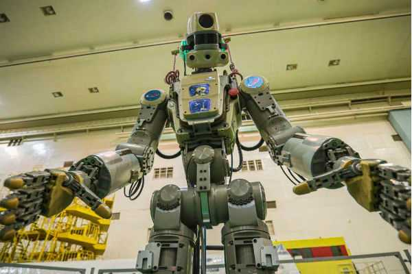 humanoid-robot-went-to-the-space-station