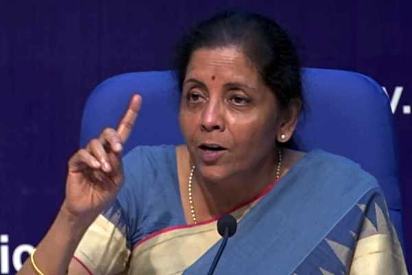 union-minister-nirmala-sitharaman-assures-that-not-one-employee-will-lose-their-job