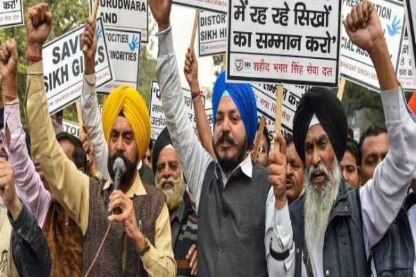 delhi-sikhs-protested-for-kidnapping-pakistan-sikh-girl