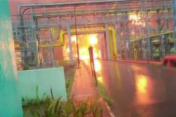 maharashtra-fire-breaks-out-at-a-cold-storage-at-ongc-plant