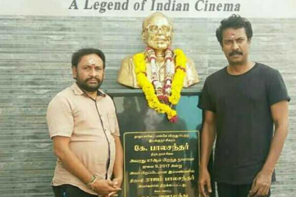 samuthirakani-who-paid-homage-to-his-teacher