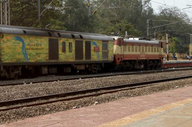 special-train-between-central-and-chandrakachi