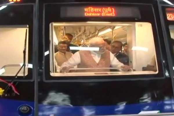 prime-minister-narendra-modi-onboard-a-metro-coach