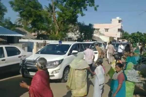 trichy-public-complaints-to-the-minister-at-park-opening