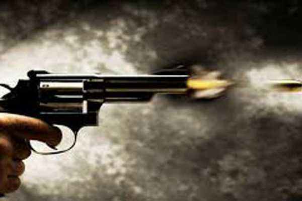delhi-goons-pump-40-bullets-into-rival-don-at-narela-streets