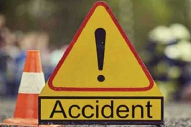 private-bus-topples-injuring-30-people