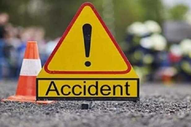 young-girl-killed-in-accident-by-aiadmk-banner-in-chennai