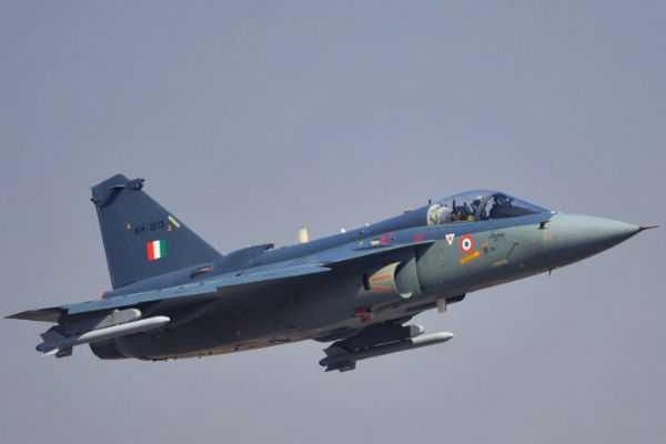 tejas-light-combat-aircraft-has-been-successfully-tested-for-arrested-landing