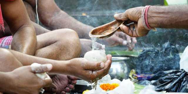 waht-are-the-uses-of-mhalaya-thrpanam