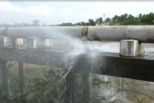 breakage-in-the-cauvery-water-pipe
