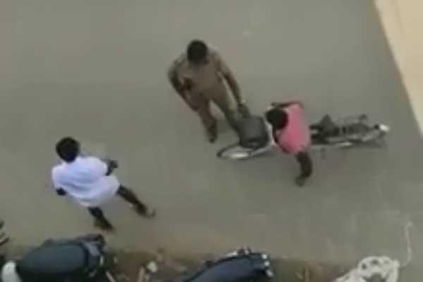 boy-fined-for-not-wearing-helmet-police-video