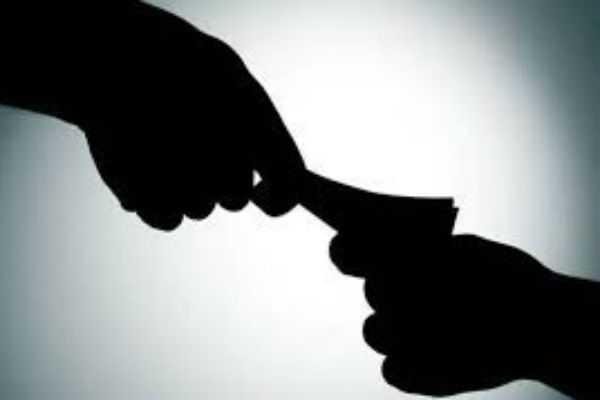 bribery-raid-at-manapparai-rto-office