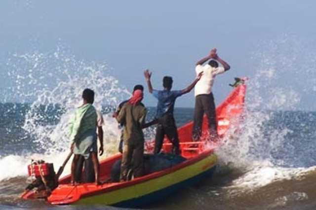 court-to-remand-5-fishermen-from-tamil-nadu-till-october-3