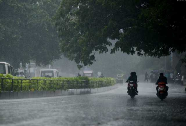 heavy-rain-in-12-districts-weather-center