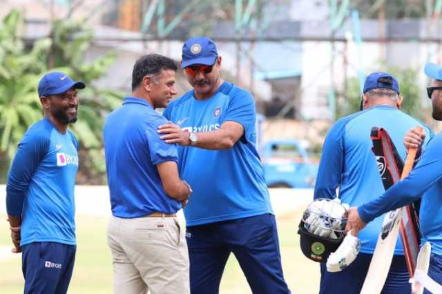 rahul-dravid-meet-indian-cricket-team