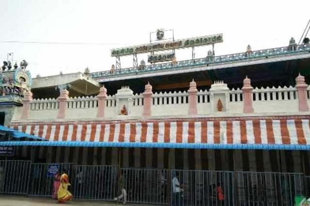 ban-on-banners-in-thiruthani-murugan-temple