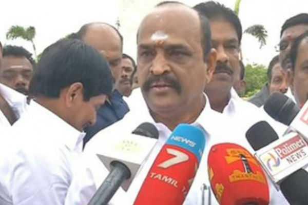mnm-ammk-fearful-aside-minister-thangamani