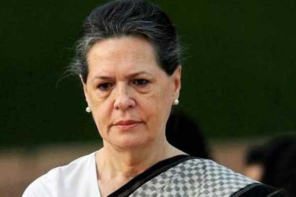 sonia-meets-p-chidambaram-in-tihar-jail