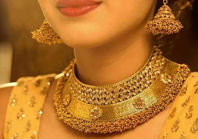 gold-prices-again-crossed-rs-29-000