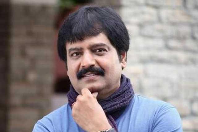 shivaji-fans-condemn-vivek-s-explanation