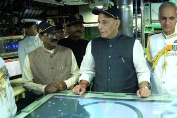 minister-rajnath-singh-dedicated-the-ins-khanderi-to-the-country