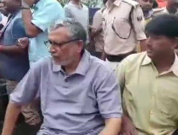 bihar-deputy-chief-minister-sushil-modi-rescued-by-national-and-state-disaster-response-forces-personnel