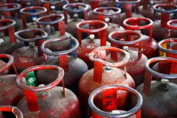 cooking-gas-cylinder-price-was-hike