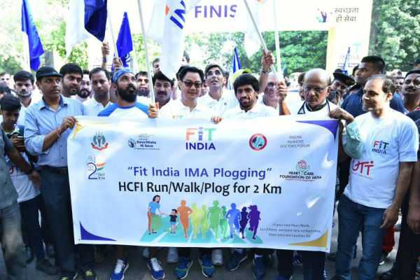 fit-india-plug-run-is-to-make-people-remember-about-swachh-bharat-abhiyan-kiren-rijiju