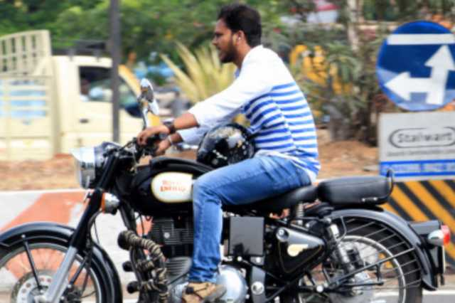 petrol-tanks-are-the-most-expensive-helmet-high-court-judges