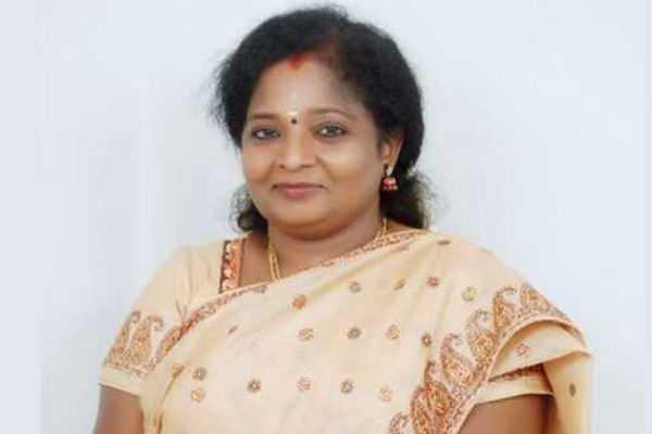 telangana-governor-wish-to-ayudha-pooja