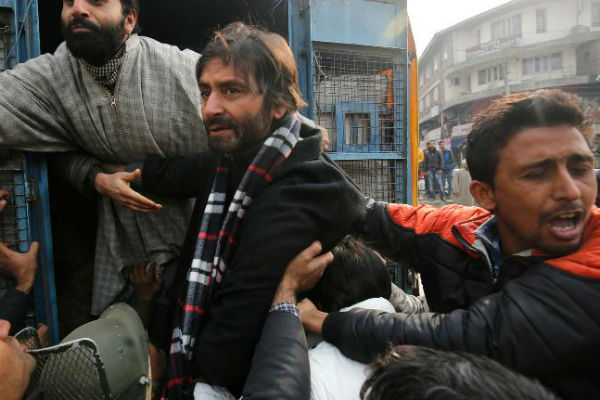 notorious-separatists-of-jammu-and-kashmir-now-under-the-custody-of-indian-nia