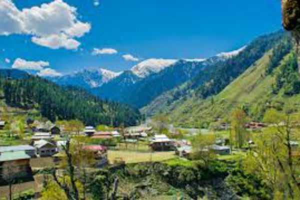 kashmir-no-restrictions-on-tourists