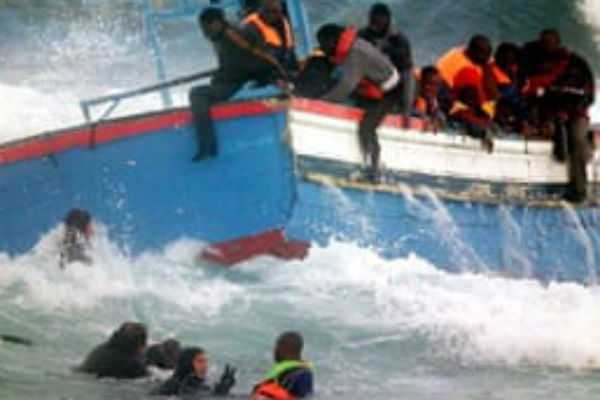 tunisia-boat-crashed-into-an-accident-13-women-death