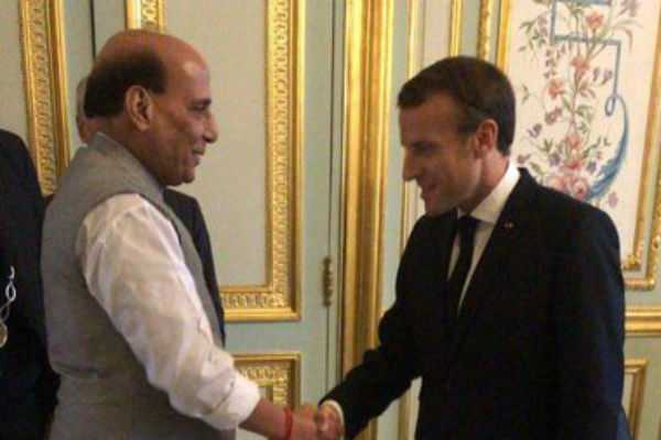 union-minister-rajnath-singh-meets-french-president