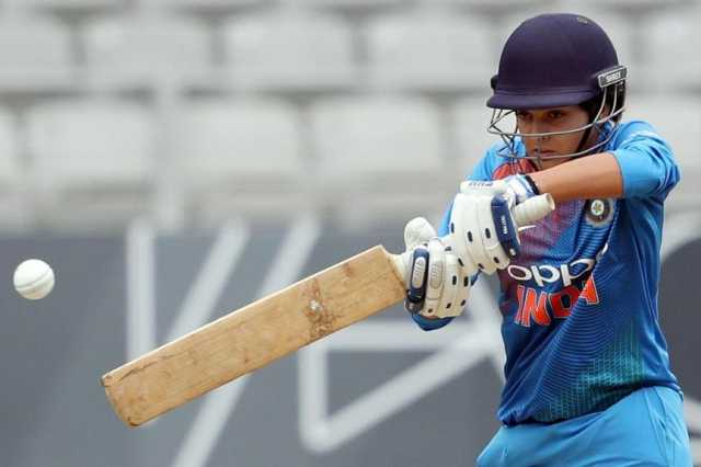 india-won-the-first-odi-debut-match-award-women-of-the-match