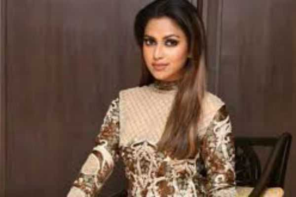 amala-paul-has-chosen-the-controversial-movie-again
