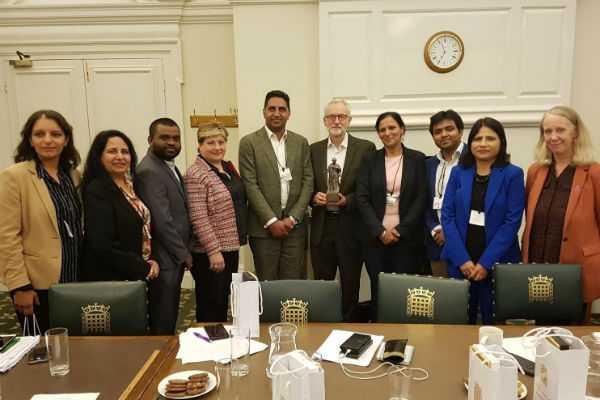 appalling-says-bjp-to-jeremy-corbyn-s-tweet-on-meeting-congress-group