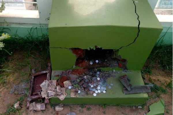 theft-at-the-thiruppanandal-next-to-kumbakonam-jami-ji-a-school