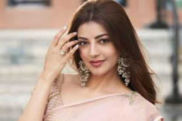 kajal-refuses-to-act-in-lead-film