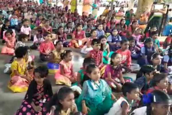 talk-competition-for-school-children-was-held-in-kumbakonam