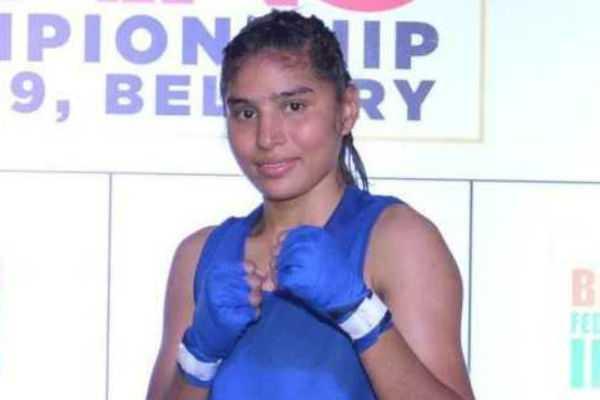world-boxing-silver-medal-for-manchurani