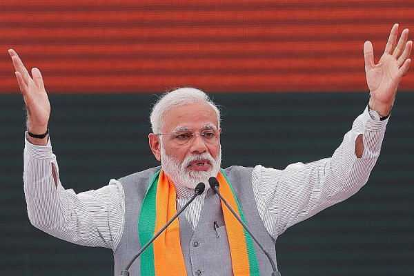 pm-modi-threw-an-open-dare-to-the-opposition-asking-them-to-announce-in-their-manifesto-that-they-will-bring-back-article-370-if-voted-to-power