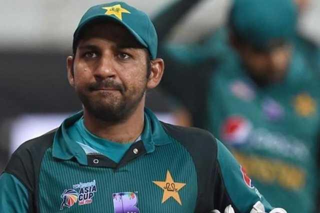 pakistan-team-captain-responsible-sarfaraz-ahmed-dismissed