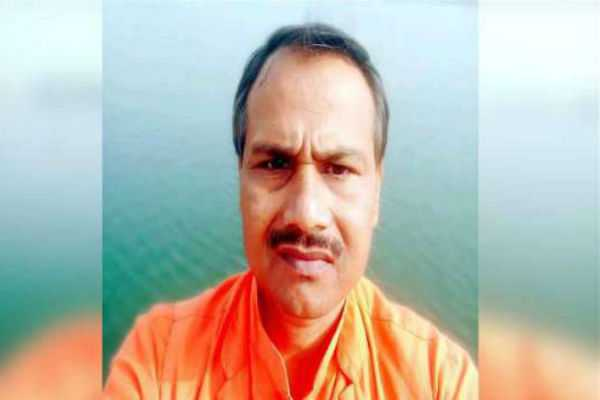 5-arrested-in-gujarat-in-up-hindu-group-leader-s-killing